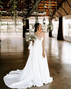 Some gorgeous magic from with our Rose+Williams PHILLIPS gown Green Colour Palette, Green Colors, White Wedding Gowns, Wedding Dresses, Rose Williams, Dallas Wedding, Industrial Wedding, Floral Bouquets, Floral Design