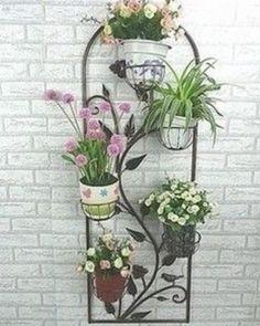 Creative Pot Ideas For Your Home Decor! Flower Stands, Flower Boxes, House Plants Decor, Plant Decor, Vertikal Garden, Garden Stand, Metal Garden Art, Iron Furniture, Iron Art