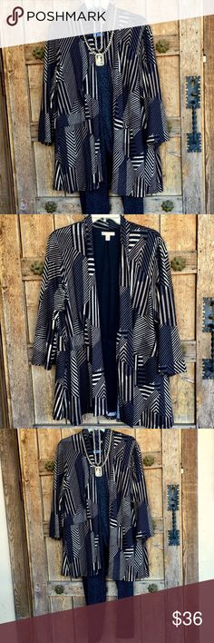 """🌵Plus Size🤠Dress Barn Geometric Soft Knit Blazer Darling with 3/4 Sleeve, Loosely Rolled Collar, Open Front with Black Lining in the back, 96% Poly, 4% Spandex, Fabric is geometric Print and also garment has seam at Waist & vertical seams as well, Very Stylish in Black, Charcoal, Gray and Taupe/Light Brown. Flexible piece for any wardrobe, Great for layering! 31"""" L, 23"""" Bust, 23"""" Waist, 26"""" Bumm, Sleeve 21"""" ( 3/4), Shoulder 20"""" **Jewelry shown & slacks are listed separately but are for…"""