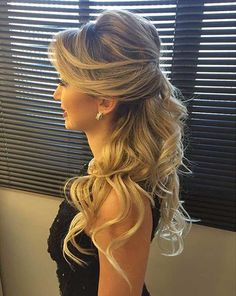 Jaw-Dropping, Curly Half Up Style