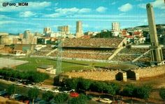 Estadio Riazor,  torre Marathón y campo de tierra de entrenamiento.
