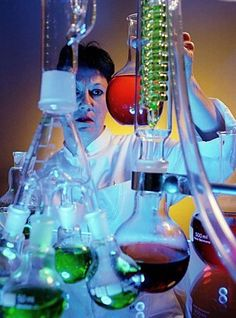 Levana, oder Erziehlehre.: Die Schule ist ein Labor und nicht 'das Leben'.