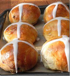 Hot Cross Buns  @L Mahaffey #breads #yeast #buns #Easter #TwelveLoaves