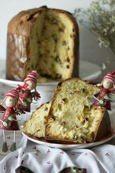 Πανετόνε: Το ιταλικό Χριστουγεννιάτικο κέικ!   imommy.gr Pastry Recipes, Gourmet Recipes, Sweet Recipes, Cake Recipes, Cooking Recipes, Italian Desserts, Fun Desserts, Sweets Cake, Cupcake Cakes