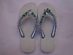 Sandálias com Pedrarias