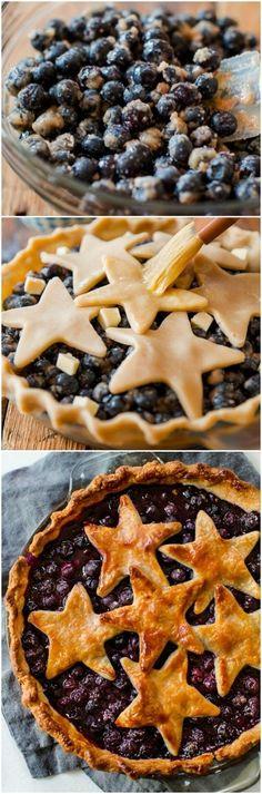 4th of July Patriotic Blueberry Stars Pie on sallysbakingaddiction.com