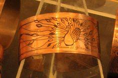 """""""Pavone"""" - bracciale - incisioni da indossare www.ilgiardinodellacerorosso.com"""