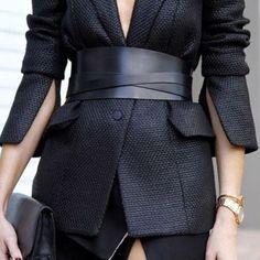 blazer in wide leather corset belts
