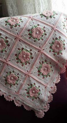 Granny square with interesting color combination crochet grannysquare grannythrow blanket afghan – Artofitrose, crochet, can be a nice d - SalvabraniInspiration only. Crochet Afghans, Crochet Quilt Pattern, Crochet Edging Patterns, Crochet Bikini Pattern, Crochet Bedspread, Granny Square Crochet Pattern, Crochet Squares, Baby Blanket Crochet, Crochet Motif