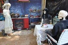 Dead Ends, Haunted Halloween, Pie, Painting, Meat, Torte, Cake, Fruit Cakes, Painting Art