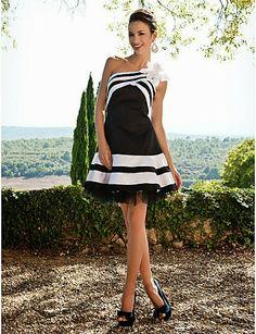 Estupendos vestidos de fiesta para jovencitas   Colección 2015