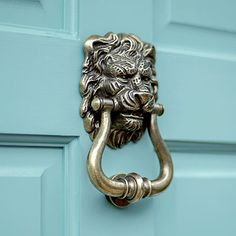 Stunning, decorative brass door knocker, beautifully hand cast to suit both traditional or contemporary properties. In an antiqued brass finish. Made by Jim Lawrence. Antique Door Knockers, Door Knobs And Knockers, Brass Door Knocker, Vintage Doors, Antique Doors, Antique Brass, Lion Door Knocker, Traditional Front Doors, Quirky Home Decor
