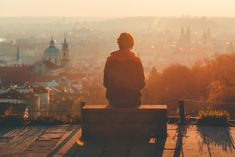 Prague Old Town during golden hour photo by Lee Key ( on Unsplash Sunset Images, Sunset Pictures, Prague Old Town, Golden Hour Photos, Ways Of Seeing, Photo Quotes, Man Photo, Best Cities, Hd Photos