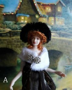 Dollhouse miniature wearable 1:12th scale wearable accessories