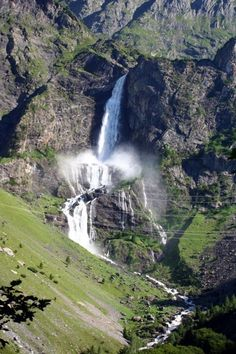 """Discover Cascate del Serio in Pianlivere, Italy: The highest waterfall in Italy is only """"turned on"""" five times a year. Italy Rail, Places To Travel, Places To See, Italy Landscape, Italy Holidays, Visit Italy, Northern Italy, Belleza Natural, Beautiful Places To Visit"""