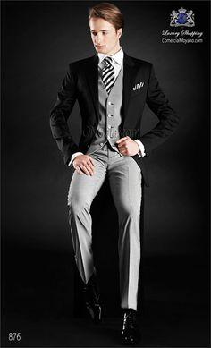 Traje de novio clasico negro en pura lana satén, coordinado con pantalón y chaleco en tejido pata de gallo de pura lana.