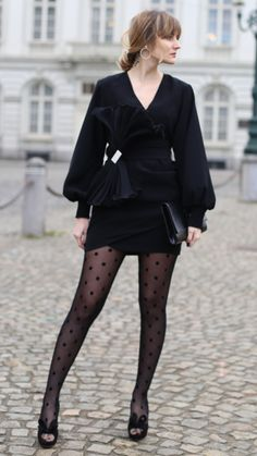Acele - As first seen on blog By Ruxandra: Acele She is wearing tights similar here: Calzedonia Macro Flock Polka Dot Tights Tulle tights with a flocked micro polka dot motif. #tights #pantyhose #hosiery #nylons #tightslover #pantyhoselover #nylonlover #legs Cute Tights, Sheer Tights, Black Tights, Nylons, Pantyhose Outfits, Polka Dot Tights, Patterned Tights, Fashion Tights, Tights Outfit