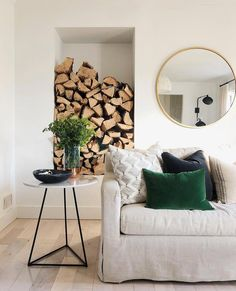Love this bright and fresh look with just the perfect touch of emerald green from @housesevendesign #homestoryinteriors