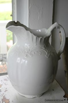 Vintage Ironstone Pitcher - FARMHOUSE 5540 - A New Quilt and Some Ironstone Too