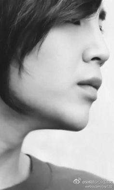 Jang Geun Suk b&w sideshot *click *click *click
