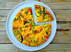 Pieczony omlet z warzywami, szynką  i serem Guacamole, Food And Drink, Snacks, Breakfast, Ethnic Recipes, Lunch, Fitness, Diet, Morning Coffee
