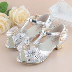 18174bddc55af 560 Best Girls Shoes images