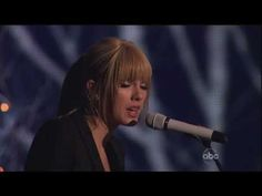 ▶ Taylor Swift - Back To December (Live At The 2010th American Music Awards) - Might be the best she's ever sounded live!