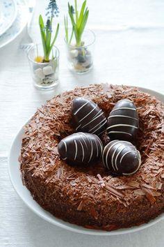 Fuglerede chokoladekage til påske fra Bageglad.dk