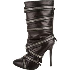 Pre-owned Giuseppe Zanotti Pour Balmain Boots ($395) ❤ liked on Polyvore featuring shoes, boots, black, real leather boots, round cap, round toe shoes, kohl shoes and rounded toe boots