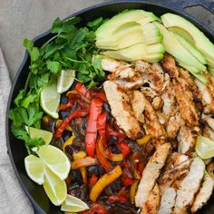 TESTED & PERFECTED RECIPE - These chicken fajitas with smoky, charred chicken and caramelized peppers rival those from your favorite Tex-Mex restaurant. Grilled Chicken Fajitas, Marinated Chicken, Cashew Chicken, Chicken Nachos, Chicken Enchiladas, Mexican Food Recipes, Ethnic Recipes, Dinner Recipes, Dinner Ideas