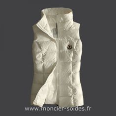 Moncler Femme Gilet Sans Manche Blanc Fashion Sale, Urban Fashion, Outlet  Uk, Outlet 7bbfe9bd378