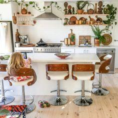 Bohemian Interior Design, Interior Design Kitchen, Interior Design Inspiration, Kitchen Decor, Bohemian Decorating, Design Ideas, Boho Decor, Kitchen Ideas, Design Design