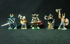 Dungeons & Dragons Miniatures - 5 Assorted Chaos Warriors - Ral Partha !!