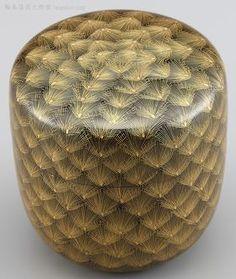 棗(なつめ)松彫り詰め沈金