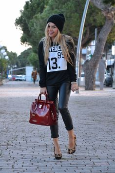 Givenchy sweater, leather pants, Zara beanie and animalier pumps - outfit italian fashion blogger It-Girl by Eleonora Petrella - fall/winter 2013/14