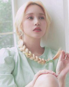Nayeon, South Korean Girls, Korean Girl Groups, Twice Jyp, Myoui Mina, Japanese American, Dahyun, Korean Music, Black Swan