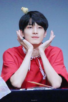 180804 at Nuri Dream Square Fansign © Humpback Seventeen Wonwoo, Seventeen Debut, Hoshi, Jeonghan, Vernon Chwe, Hip Hop, Boo Seungkwan, Adore U, Rap Lines