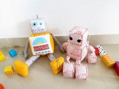 רובוט בן ורובוטית בת | ציפורים בראש
