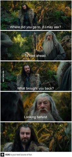 Filosofía de andar por casa...  Gandalf, Thorin in The Hobbit 1