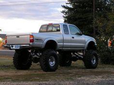 Toyota Pickup 4x4, Toyota Trucks, Lifted Trucks, Small Trucks, Mini Trucks, Future Trucks, Future Car, Tacoma X Runner, 1995 Toyota Tacoma