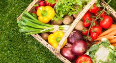 """healthiest way to get a natural glow - no wrinkles, no skin cancer risk, just good ol' smart eating. Eating Colorful Vegetables Improves Skin Glow -  60 volunteers asked to rate how pleasing they found faces with different types of coloration: ones w pigmentation caused by """"carotenoid coloration"""" from fruits & veggies, & ones from """"melanin coloration"""" caused by sun. over 75% of participants preferred faces with more natural coloring from eating healthy diet."""