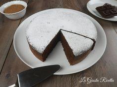 Torta al cioccolato - La Giusta Ricetta - Ricette semplici di cucinaLa Giusta Ricetta – Ricette semplici di cucina