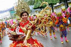 Sinulog Festival 2018 – Cebu's Finest Annual Event – Worldwide Festivals Sinulog Festival, Fireworks Gif, Cebu City, Baguio, Months In A Year, Philippines, Culture, Celebrities, Festivals