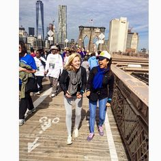 #JDRFonewalk #manhattan  #nyc  My first time on the Brooklyn Bridge this early morn! Walking to raise awareness for #JDRF (Juvenile Diabetes Research Foundation) to support #type1diabetes research!  @jdrfnyc @jdrfhq @taylizlou by ashleyparklady