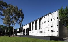 Hayball architects. Caulfield school, Australia. Perforated EQUITONE facade panels. equitone.com #architecture