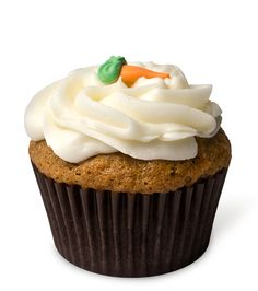 The Bunny Hop – A lightly spiced carrot cupcake dressed in rich cream cheese frosting and topped with a little carrot. Silly rabbit, cupcakes are for kids!
