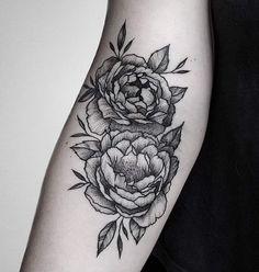 By Luciano del Fabro #peony#tattoo