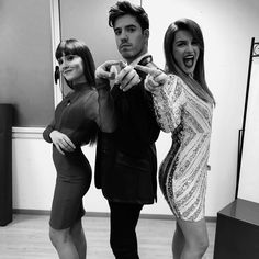 Toy y la sisters Riverdale Cole Sprouse, Power Girl, Shawn Mendes, Youtubers, Sisters, Tv Shows, Poses, Couple Photos, Celebrities