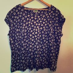 ANTHROPOLOGIE Navy Daisy Jersey Tee Embroidered Lovely jersey material. White daisies, a few embroidered at neckline. Good condition. Anthropologie Tops