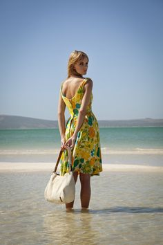 durchzug fish leather handbags and exotic skin handbags as well as cowhide purses handmade in capetown by skilled artisans. Cowhide Purse, Cowhide Leather, Leather Handbags, Leather Bag, Cape Town, Leather Fashion, Luxury Fashion, Fashion Accessories, Skinny